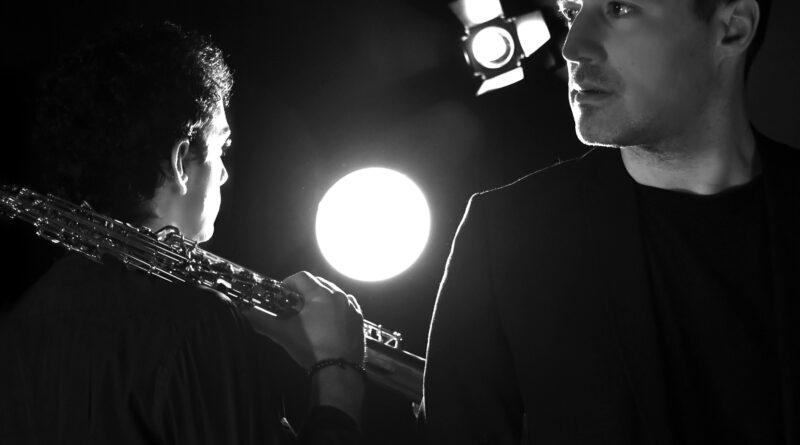 Just Walk Away – new digital single – Αδάμ Τσαρούχης & Φοίβος Βόζας
